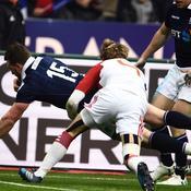 Stuart Hogg refroidit le Stade de France