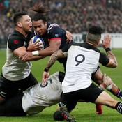 Le XV de France évite le naufrage contre les All Blacks
