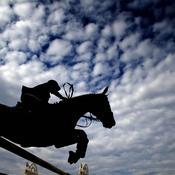 Equitation : une ancienne compétitrice accuse de viols trois encadrants