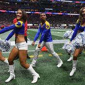 Des pom-pom boys au Super Bowl