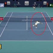 Miami : quand Federer écœure Anderson au filet, un point génial en vidéo