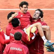 Nadal et Ferrer envoient l'Espagne en demies en France