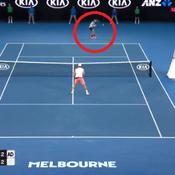En 2 lobs, Federer le magicien signe le point du tournoi
