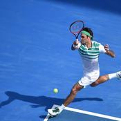 Le poids des ans glisse sur Federer, encore une fois impérial