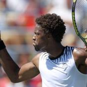Monfils file en quarts