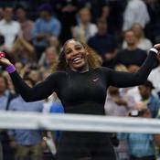 Serena Williams ponctuelle au rendez-vous de la finale un an après la polémique