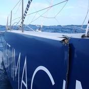 Touché par un ofni, le bateau de Ruyant menace de se couper en deux