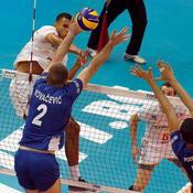 Mondial : battus par la Serbie, les volleyeurs français presque éliminés