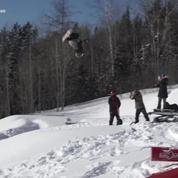 A 8 ans, il est le plus jeune snowboarder à réussir un double backflip