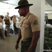 Premier jour dans un camp de la marine américaine: le cauchemar des recrues