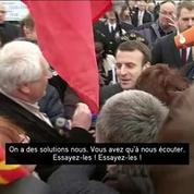 Emmanuel Macron chahuté lors d'un déplacement dans le Puy-de-Dôme