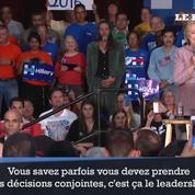 Torses nus, ils distrayent Hillary Clinton en plein meeting
