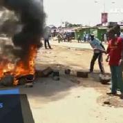 Kenya : Opposants et policiers s'affrontent autour de la commission électorale