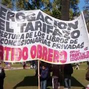 Argentine : les danseurs de tango protestent contre la hausse des prix décidée par le gouvernement