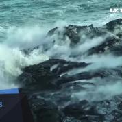 Hawaï: le spectacle de la lave coulant dans l'océan attire de nombreux touristes