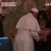 Le pape François entame sa visite dans le Caucase