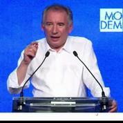 François Bayrou se cherche une place au centre