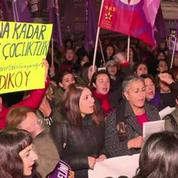 Turquie : le gouvernement scandalise en voulant dépénaliser les viols sur mineurs