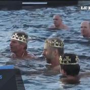 Prague: Par -7°C, ils plongent dans une eau à 10°C pour le traditionnel bain de l'Épiphanie