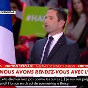 À Bercy, Hamon fait applaudir Hollande, Cazeneuve, Le Drian mais pas Valls
