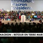 En meeting à Marseille, Emmanuel Macron se montre offensif