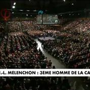 Jean-Luc Mélenchon bouscule le trio de tête