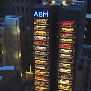 Singapour : un distributeur automatique de voitures de luxe