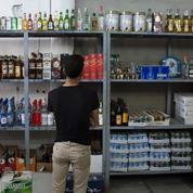 Les vendeurs d'alcool rouvrent leurs portes à Mossoul