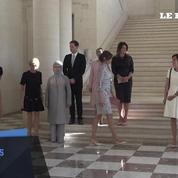 Brigitte Macron et Melania Trump pour leur première photo officielle de l'OTAN