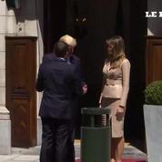 Première poignée de main entre Trump et Macron