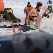 Antarctique : des chercheurs plongent pour fêter le solstice d'hiver