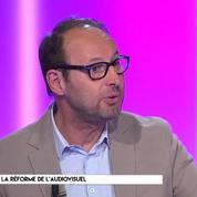 Réforme de l'audiovisuel public : comment Emmanuel Macron va-t-il s'y prendre ?