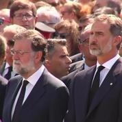 Attentat de Barcelone: une minute de silence observée place de Catalogne