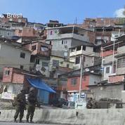 Démonstration de force de l'armée dans les favelas brésiliennes