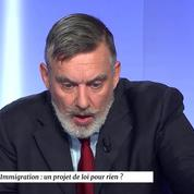 François Sureau sur la distinction entre réfugié politique et économique : «Ça n'a aucun sens»