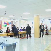 Les Kirghizes aux urnes pour une élection présidentielle inédite