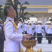 La cérémonie d'inauguration du crématorium du roi de Thaïlande