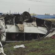 Russie: collision mortelle entre un train et un car
