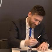 Football : Messi lève les doutes en signant au FC Barcelone