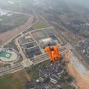 La Chine accueille la coupe du monde de vol en wingsuit