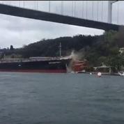 Un tanker détruit une demeure sur les rives du Bosphore