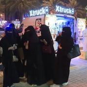 Les femmes autorisées à conduire : qu'en pensent les Saoudiens ?