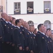 La marseillaise chantée en hommage à Simone Veil, qui rentre au Panthéon