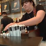 Starbucks annonce la suppression des pailles en plastique d'ici 2020