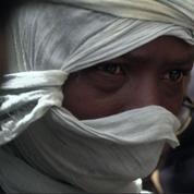 L'Algérie aurait laissé à leur sort plus de 13000 migrants dans le Sahara