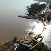 Tsunami en Indonésie : les images en drone des dégâts