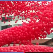 Des milliers de ballons dans le ciel de São Paulo pour lutter contre le Sida