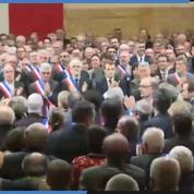 Le maire de Trèbes ovationné lors de son intervention au grand débat à Souillac