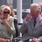 Camilla et Charles piquent un fou rire pendant un spectacle Inuit