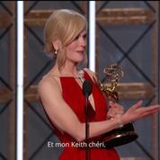 Nicole Kidman émue, remercie son mari lors de la cérémonie des Emmy Awards